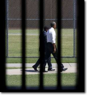 Obama leaves El Reno Prison in Oklahoma but the prisoners stay